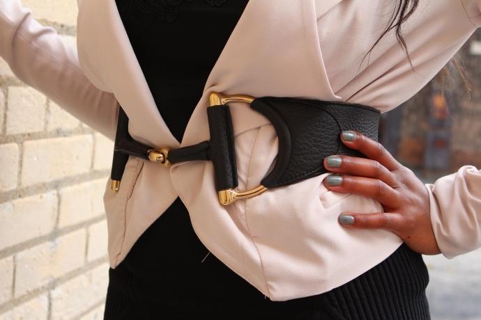 Belt: Gucci